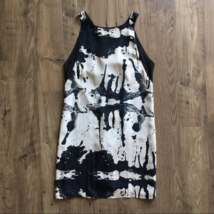 Alice + Olivia black and white silk dress size M